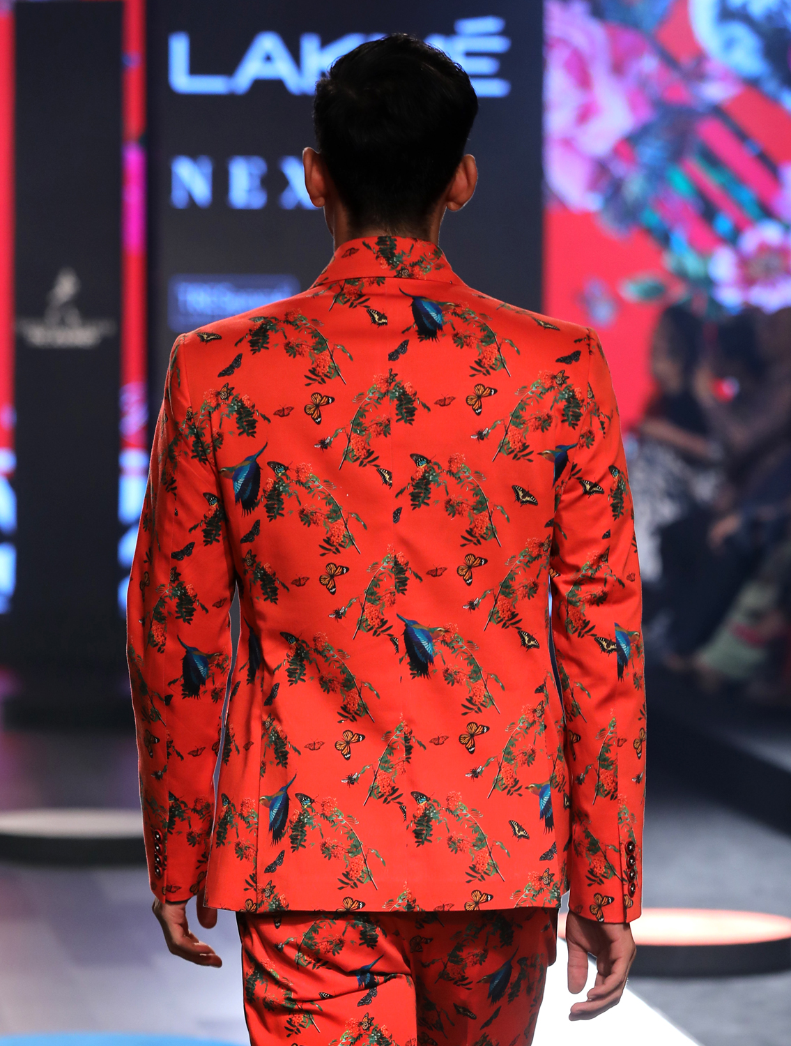Hemis Double-Breasted Printed Blazer