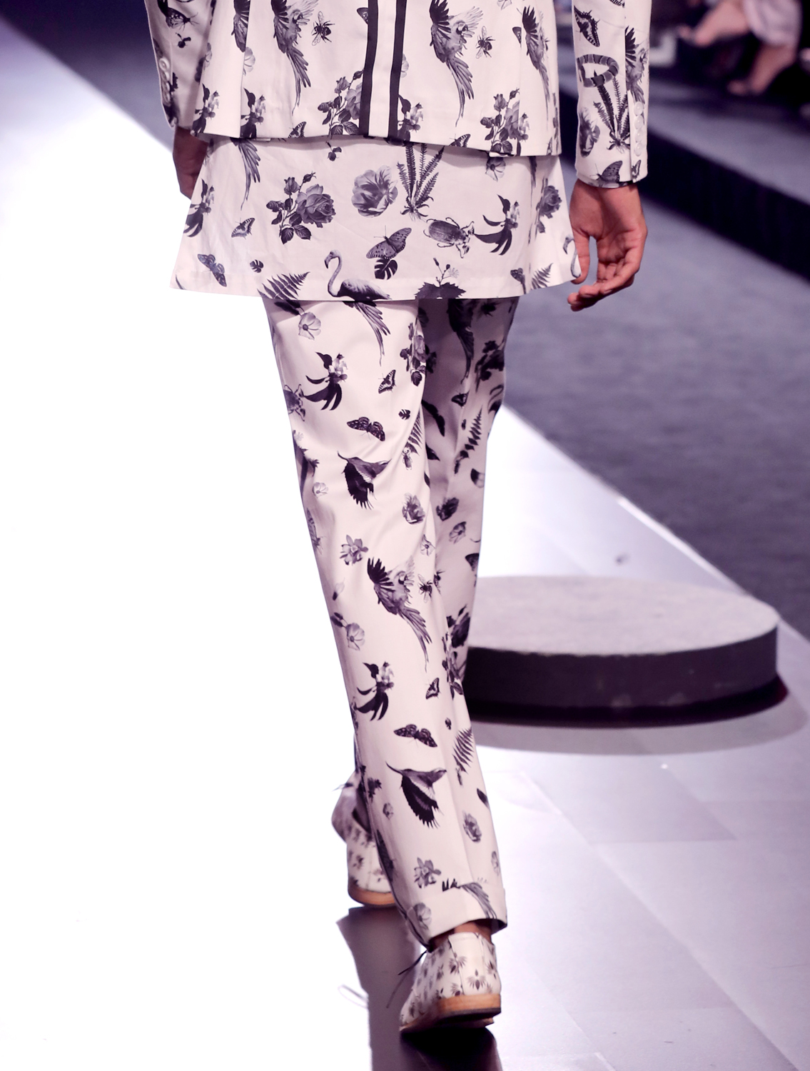 Shere White Printed Trousers